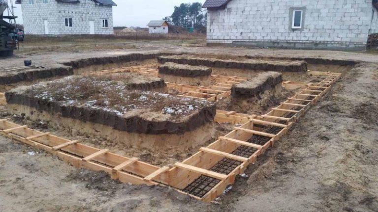 Ленточный монолитный фундамент своими руками пошаговые фото 9568
