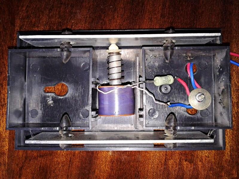 Электрический звонок в квартиру проводной схема