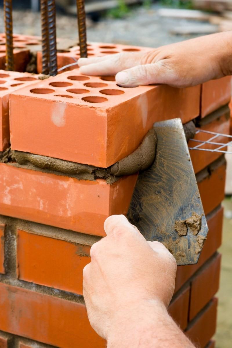 сколько стоит построить кирпичный