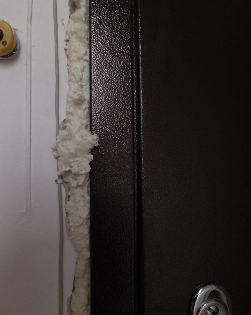 Утепление и обивка деревянных дверей своими руками