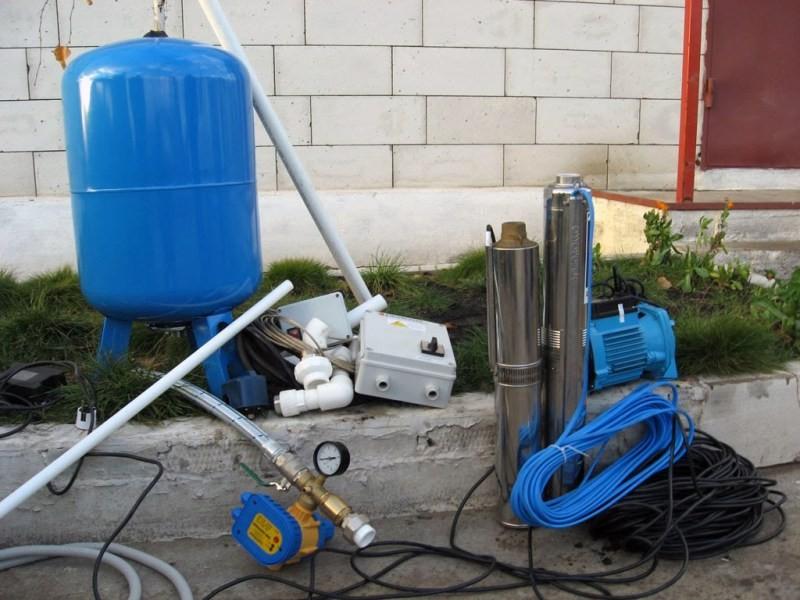 Как сделать автономное водоснабжение частного дома своими руками